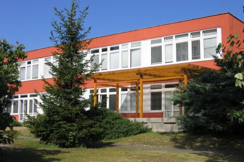 slide_pavilon-uceben-480x320